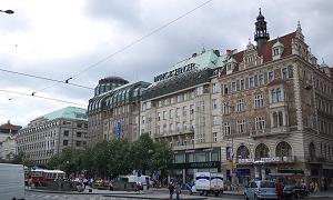 ヴァーツラフ広場の建物