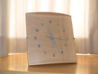 I.D.E.A. Labelの置時計