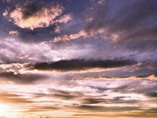 日暮れ時の空