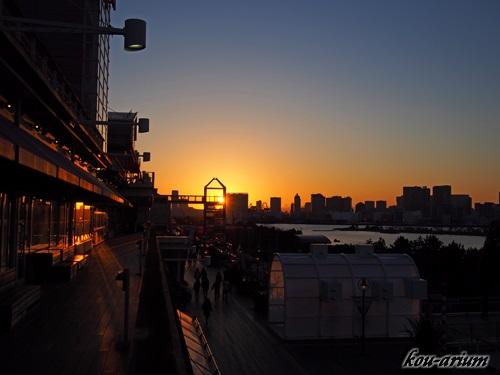 デックス東京ビーチの夕景