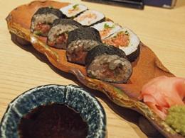 近大マグロ ネギトロ巻き寿司