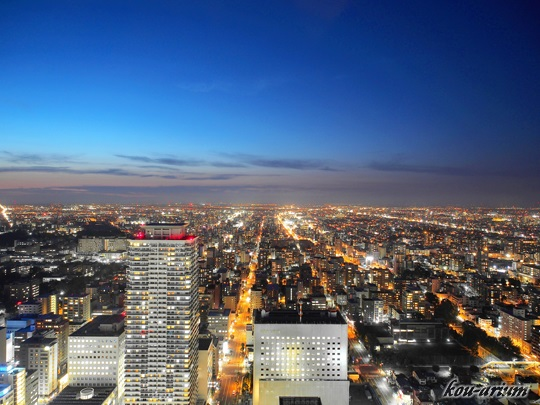 JRタワー展望室から北方面の夜景