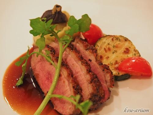 フランス産鴨肉のロースト バルサミコソース