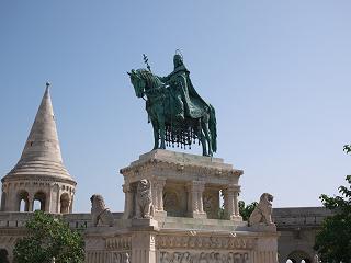 聖イシュトヴァーン騎馬像