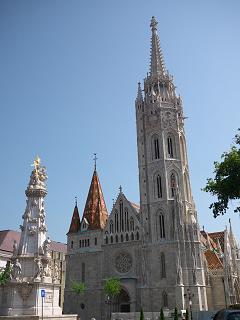マーチャーシュ教会と三位一体像