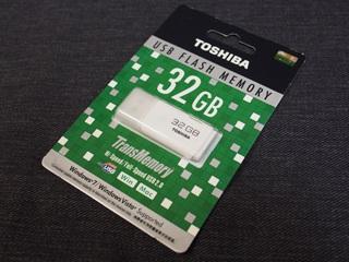 東芝 USBフラッシュメモリ 32GB